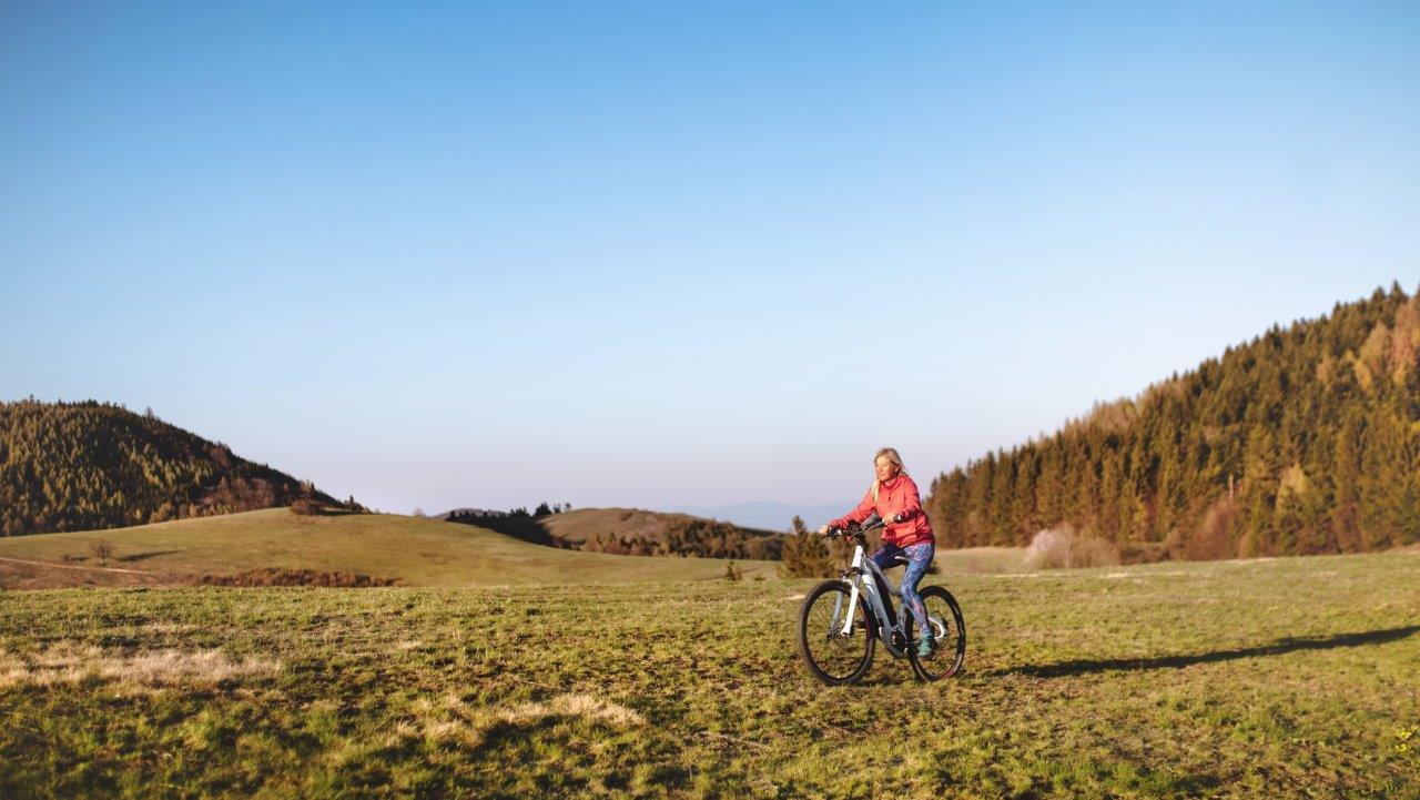 Mountainbiken door bergen